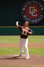 2006-rfk-first-pitch-1